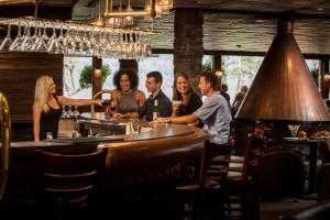 Fireside Loounge & Wine Bar