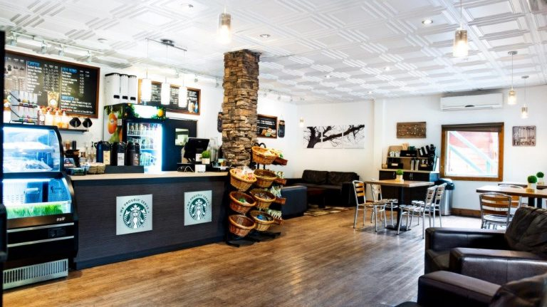 bayshoreinn-starbucks-glacier-bistro-coffee-shop-3